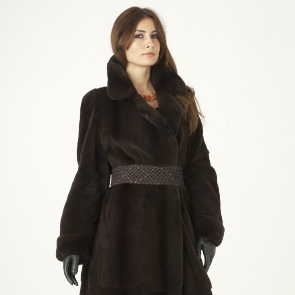 Model in a sheared espresso mink fur coat